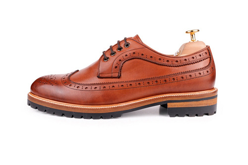 WINGTIP BROWN